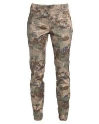 Pantalones pitillo de camuflaje verde oliva de Expresso