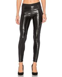 Pantalones pitillo de cuero acolchados negros