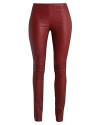 Pantalones pitillo de cuero burdeos de Oakwood