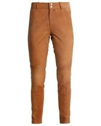 Pantalones pitillo de cuero en tabaco de Mos Mosh