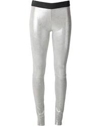 Pantalones pitillo de cuero plateados