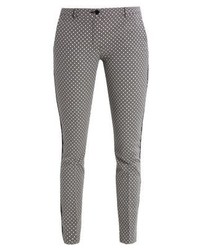 Pantalones pitillo negros de Expresso