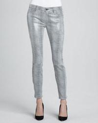 Pantalones pitillo plateados