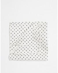 Pañuelo de bolsillo a lunares en blanco y negro de Asos