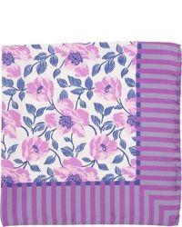 Pañuelo de bolsillo con print de flores