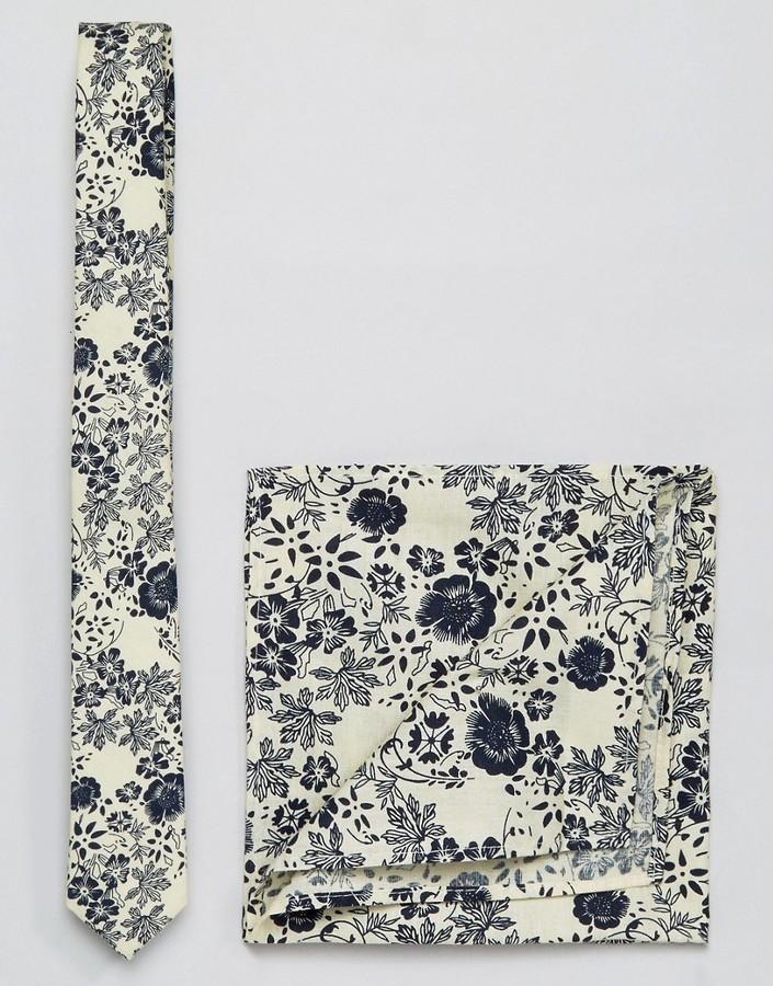 Pañuelo de bolsillo estampado en beige de Asos