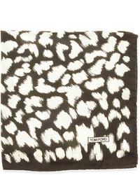 Pañuelo de bolsillo estampado en blanco y marrón