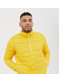 Plumífero amarillo de Pull&Bear