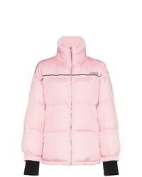 Plumífero rosado de Prada