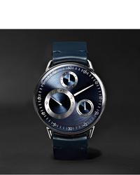 Reloj de cuero azul marino de Ressence