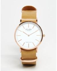 Reloj de cuero marrón claro de Reclaimed Vintage