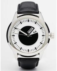 Reloj de cuero negro de Moschino