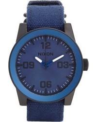 Reloj de lona azul marino