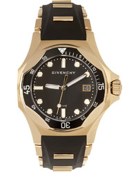 Reloj dorado de Givenchy