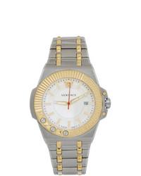 Reloj plateado de Versace