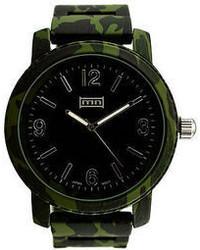 Reloj verde oscuro