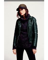Ropa de abrigo verde oscuro