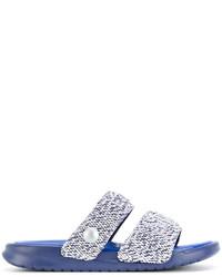 Sandalias azules de Nike