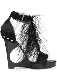 Sandalias con cuña de ante con adornos negras de Alexander McQueen