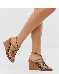 Sandalias con cuña de cuero con print de serpiente marrón claro de ASOS DESIGN