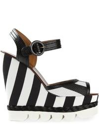 Sandalias con Cuña de Cuero de Rayas Horizontales en Negro y Blanco de Dolce & Gabbana