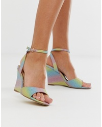 Sandalias con cuña de cuero en multicolor de Head over Heels by Dune