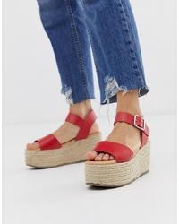 Sandalias con cuña de cuero rojas de New Look