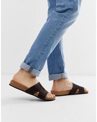 Sandalias de ante en gris oscuro de ASOS DESIGN