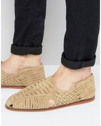 Sandalias de ante tejidas en beige de Asos