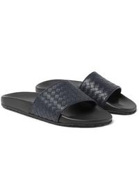 Sandalias de cuero azul marino de Bottega Veneta