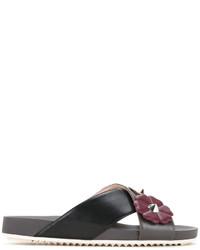 Sandalias de cuero con print de flores negras de Fendi