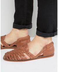Sandalias de cuero tejidas marrón claro de Asos