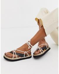 Sandalias de dedo de cuero negras de Kaltur
