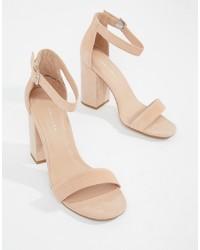 Sandalias de tacón de ante en beige de New Look