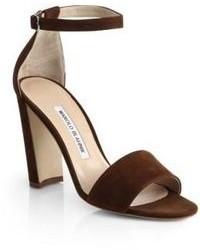Sandalias de tacón de ante en marrón oscuro