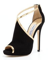 Sandalias de tacón de ante en negro y dorado