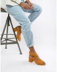Sandalias de tacón de ante naranjas de ASOS DESIGN