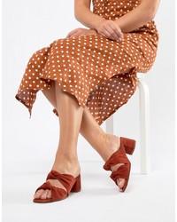 Sandalias de tacón de ante naranjas de DEPP
