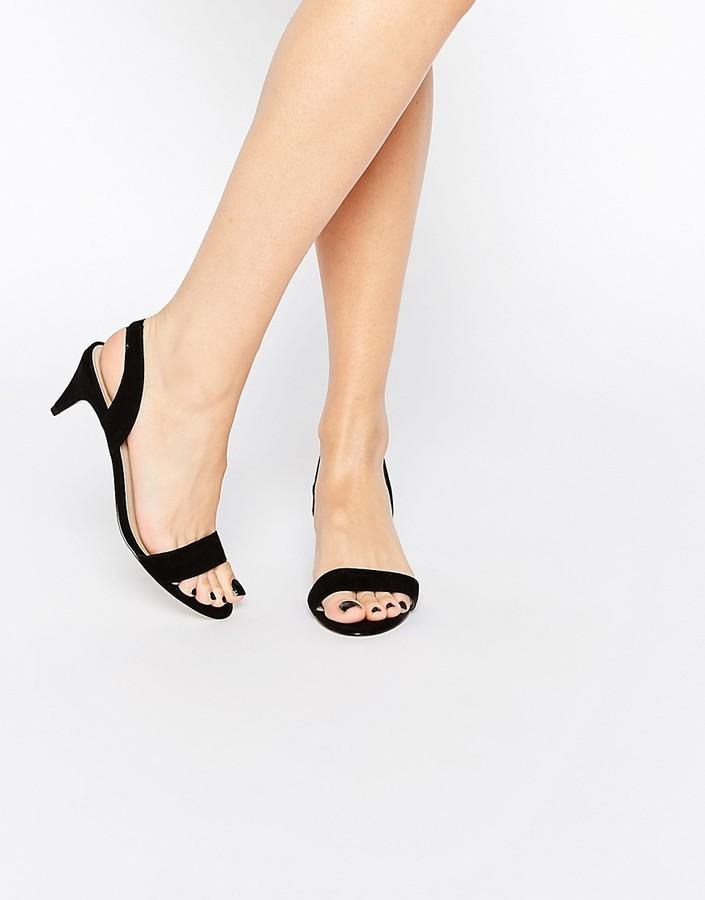 8589c1f7e0d ... Sandalias de tacón de ante negras de Asos ...