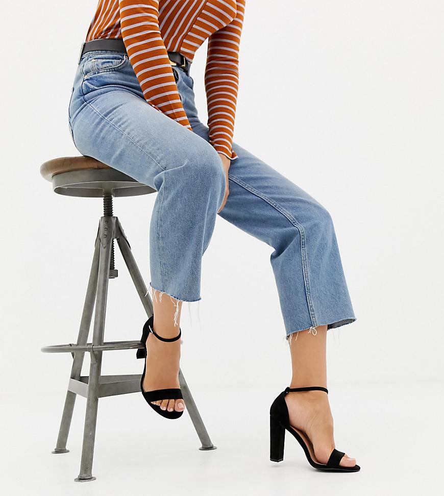 Sandalias de tacón de ante negras de New Look Wide Fit