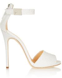 Sandalias de tacón de cuero blancas de Giuseppe Zanotti