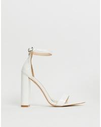 Sandalias de tacón de cuero blancas de Public Desire