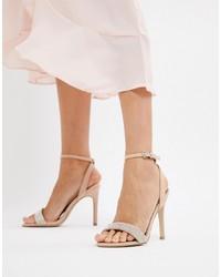 Sandalias de tacón de cuero con adornos en beige de New Look
