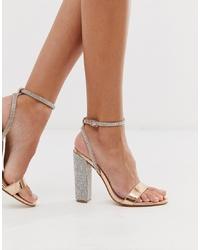Sandalias de tacón de cuero con adornos rosadas de ASOS DESIGN
