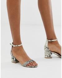 Sandalias de tacón de cuero con print de serpiente grises de Steve Madden