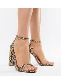 Sandalias de tacón de cuero con print de serpiente marrón claro de ASOS DESIGN