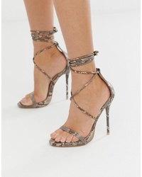 Sandalias de tacón de cuero con print de serpiente marrón claro de SIMMI Shoes