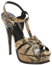 Sandalias de tacón de cuero con print de serpiente marrónes
