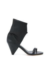 Sandalias de tacón de cuero con recorte negras de Isabel Marant