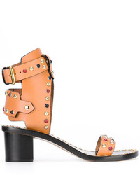 Sandalias de tacón de cuero con tachuelas marrón claro de Isabel Marant